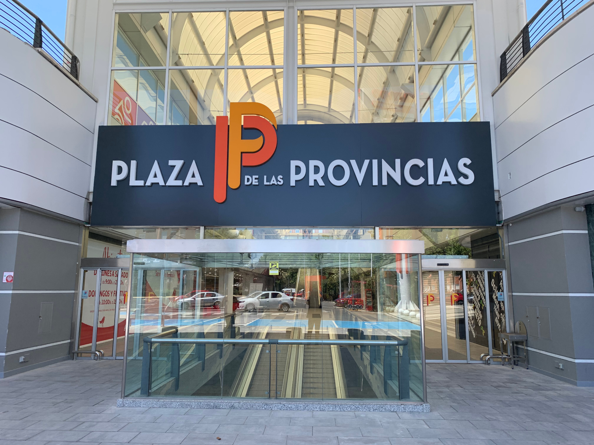 C. C. Plaza de Las Provincias