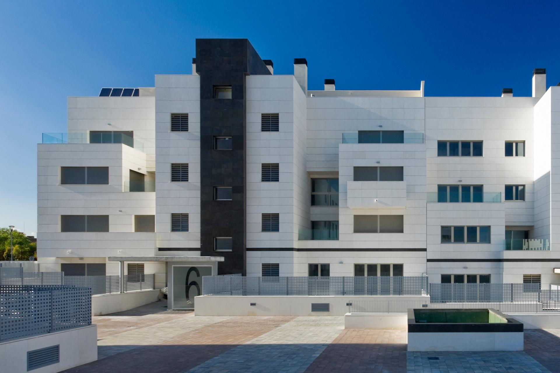 vivienda_avenida_europa_home